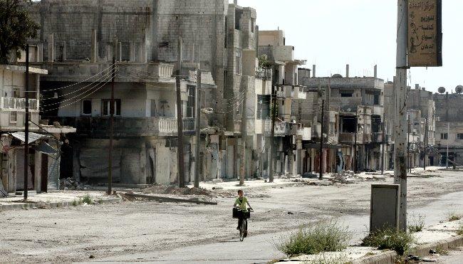 無彩色に染まる シリア
