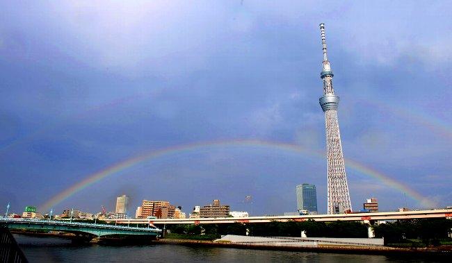 東京スカイツリーに虹の二重橋