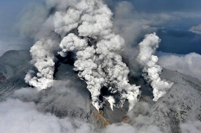御嶽山が噴火